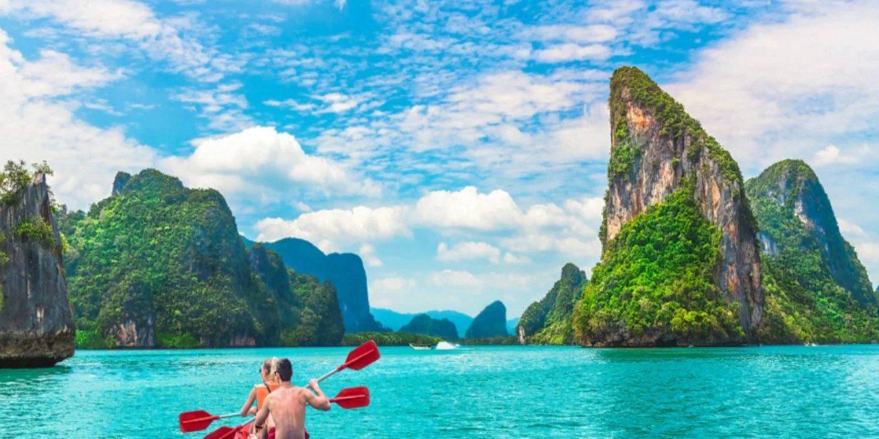 Thailanda deschide insula Phuket turistilor vaccinati  din 66 tari